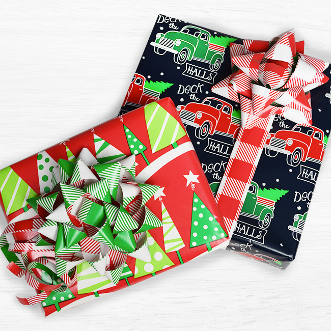 Innisbrook Wrapping Paper Bow DIY